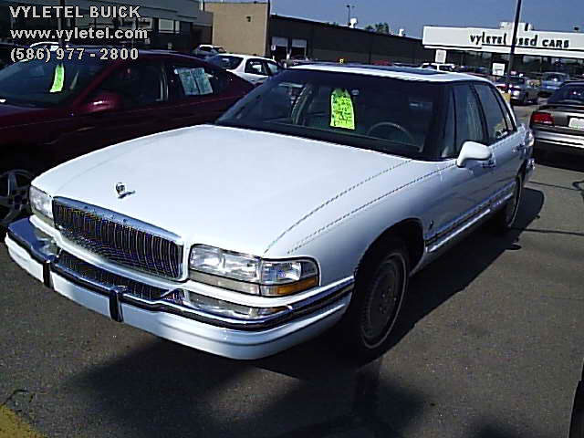 1996 Buick Park Avenue Ultra for Sale in Saint Clairsville, Ohio ...